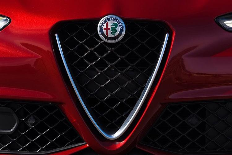 Alfa Romeo Giulia Saloon 2.9 V6 Bi-Turbo 510PS Quadrifoglio 4Dr Auto [Start Stop] detail view