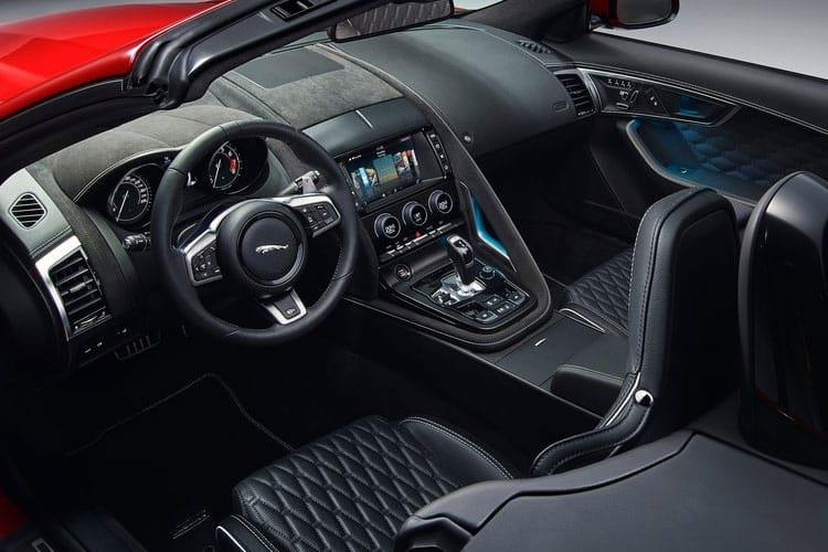 Jaguar F-TYPE Convertible 2.0 i 300PS  2Dr Auto [Start Stop] inside view