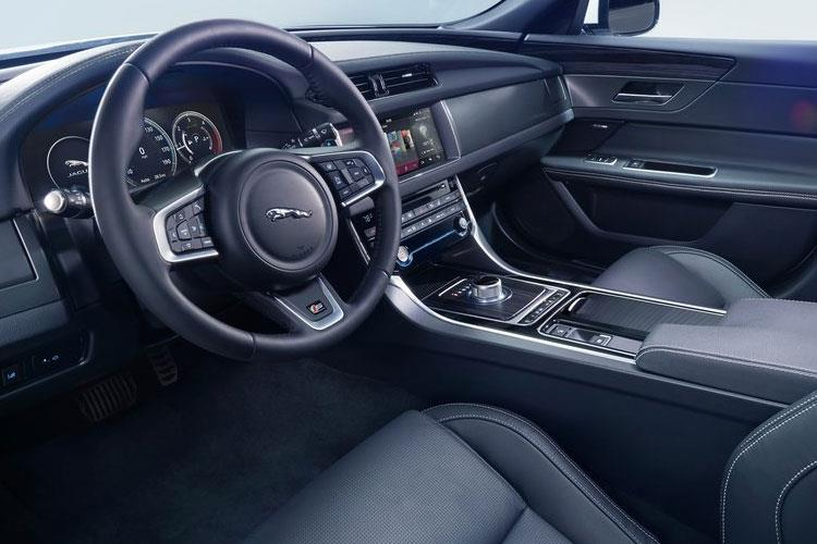Jaguar XF Saloon 2.0 i 250PS Prestige 4Dr Auto [Start Stop] inside view